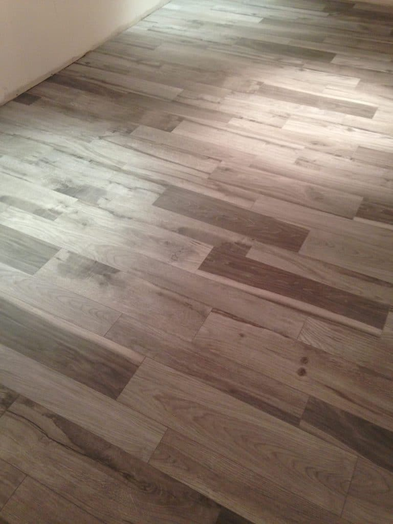 hardwood plank floor tile installer